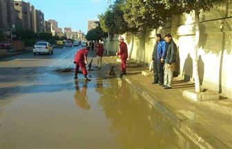 رئيس مركز دسوق يتابع رفع مخلفات مياه الأمطار | صور