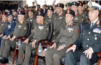 وزير الدفاع يشهد الاحتفال بانتهاء فترة الإعداد العسكري لطلبة الكليات والمعاهد العسكرية | صور
