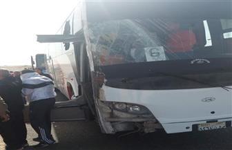 إصابة 11 شخصا إثر تصادم أتوبيس فوج شبابي مع سيارة محملة بالحجارة بالأقصر   صور
