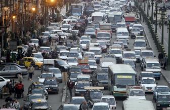 النشرة المرورية: كثافات متوسطة بكافة الطرق في القاهرة