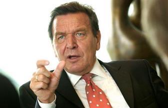 """المستشار الألماني السابق شرودر: سياسة أمريكا تجاه فنزويلا """"لا تتسم بالذكاء"""""""