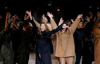 """لأول مرة.. عرض للأزياء """"المحتشمة"""" في باريس"""