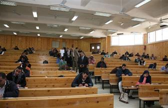 2000 طالب يؤدون امتحانات الدراسات العليا بحقوق جنوب الوادى بقنا | صور