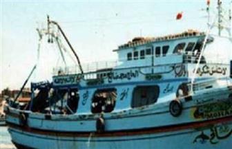 انتشال جثة صياد آخر من ضحايا مركب الصيد الغارق أمام شواطئ ليبيا