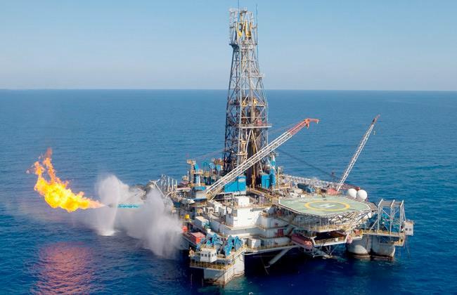 طارق الملا: ما قدمته  خدمات البترول البحرية  حظي بإشادة الشركاء في إنجاز  حقل ظهر  -