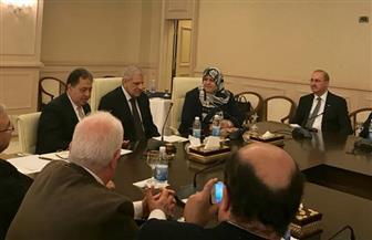 وزير الصحة يلتقي نظيرته العراقية لبحث سبل التعاون في مجالي المستشفيات والدواء   صور