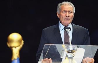 حسن مصطفى يكشف سبب رحيل بلاتر عن الاتحاد الدولي