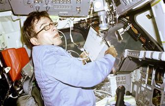 ناسا: وفاة رائد الفضاء الأمريكي المخضرم جون يونج عن عمر ناهز 87 عامًا