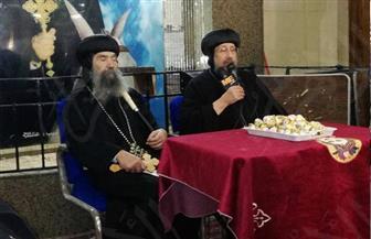 أسقف حلوان والمعصرة يستقبل أسر شهداء كنيسة مارمينا بحلوان   صور