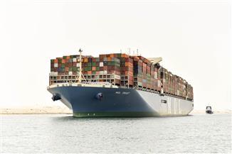 41 سفينة تعبر قناة السويس اليوم بحمولة 2 مليون و400 ألف طن