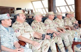 """وزير الدفاع يشهد المرحلة الرئيسية للمناورة التكتيكية """"نصر 14"""""""
