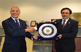 مدير عام المنظمة العربية للتنمية الإدارية يبحث التعاون مع سفير ليبيا بالقاهرة