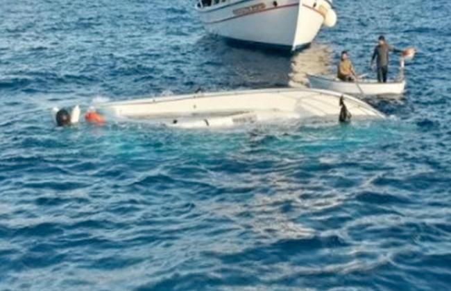 مقتل 10 مهاجرين بعد غرق قاربهم قبالة الساحل الليبي -