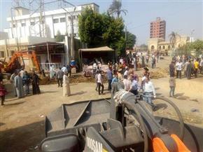 تنفيذ 140 إزالة إدارية خلال حملة بشوارع مغاغة في المنيا