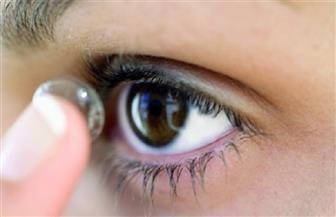 """عدسات لاصقة """"ذكية"""" لقياس مدى استفادة العين بالقطرات الدوائية"""