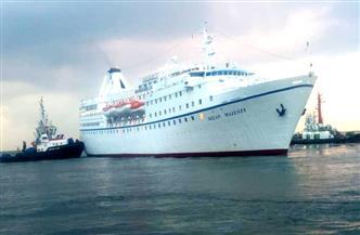 ميناء غرب بورسعيد يستقبل 600 سائح وطاقم بحارة فى إطار عودة سياحة اليوم الواحد| صور