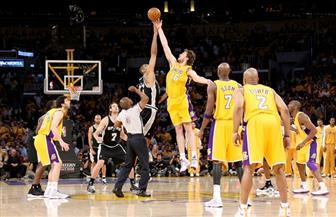 تشكيلة استثنائية تمنح واريورز فوزه السابع في دوري كرة السلة الأمريكي للمحترفين