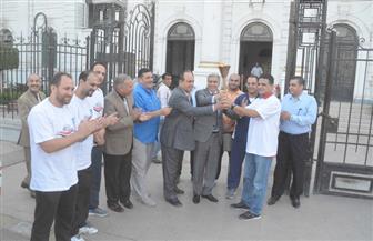محافظ المنيا يستقبل شعلة الدورة الرياضية العربية للاتحادات النوعية