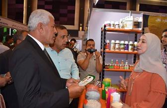 نقيب الزراعيين يفتتح المعرض الزراعي بالإسكندرية بحضور 100 شركة | صور