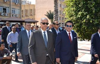 وزير التعليم العالي يتفقد أعمال تطوير منشآت مجمع العلوم بجامعة الإسكندرية| صور