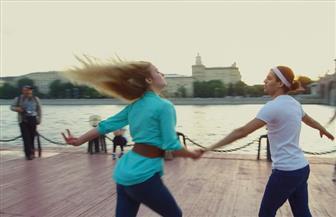 الرقص في الهواء الطلق.. هواية سكان موسكو