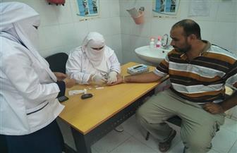 الكشف على ٢٥٢٤ مواطنا بمطروح فى مبادرة الرئيس للقضاء على فيروس سي| صور