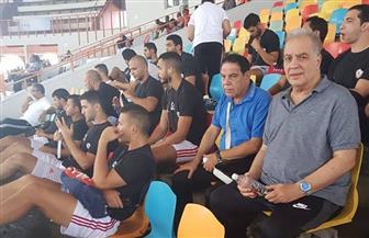 هاني زادة يتواجد بمدرجات مباراة الزمالك وأغادير المغربي | صور
