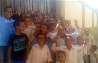 تلاميذ ابتدائي يطالبون بسرعة الانتهاء من تجديد مدرستهم بكوم أمبو .. والإدارة: مسألة وقت