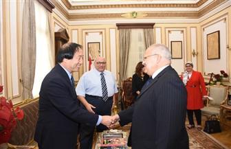 """""""الخشت"""" يلتقي نائب رئيس جامعة الشعب الصينية لبحث مبادرة """"الحزام والطريق""""  صور"""