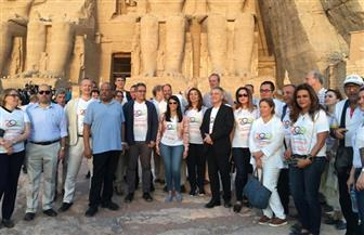 وزيرة السياحة: مشاركة الآلاف في احتفالات تعامد الشمس على وجه رمسيس الثاني يؤكد عودة السياحة الثقافية | صور