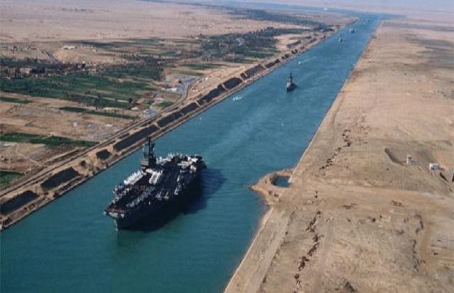 عبور 39 سفينة قناة السويس من الاتجاهين بحمولة 2 مليون طن -