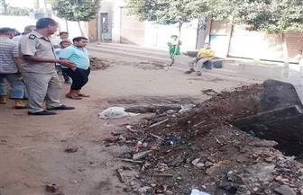 ردم 3 أيسونات بأولاد حمزة لمنع تلوث مصادر المياه وحفاظا على البيئة بسوهاج| صور