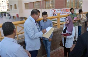 رئيس جامعة سوهاج يتعرف خلال جولة ميدانية على مشكلات طلاب الجامعة الجديدة | صور