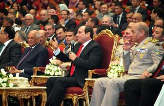 """الرئيس السيسي لحسين الجسمى: """"أحييك وأحيى دولة الإمارات من خلالك.. وكتر خيرك"""""""