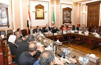 رئيس جامعة القاهرة: إدارة بكل كلية للطلاب الوافدين.. وحملة تبرع للجامعة الدولية | صور