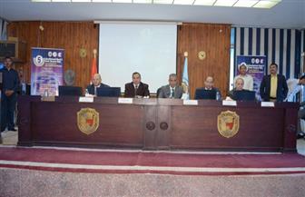 محافظ سوهاج ورئيس الجامعة يفتتحان مؤتمر جراحة الوجه والفكين | صور