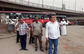 رئيس حي شرق شبرا الخيمة يعلن تطوير موقف سرفيس مسطرد | صور