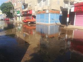 انفجار ماسورة مياه يغرق شارع رئيسي في بني سويف |صور
