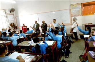 """وكيل """"تعليم بورسعيد"""" يتابع انتظام الدراسة بالمدارس الخاصة"""