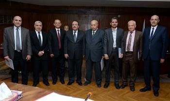 جامعة طنطا تكرم أعضاء هيئة التدريس الحاصلين على جوائز| صور
