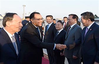 رئيس الوزراء يبحث مع نائب الرئيس الصيني تعزيز التعاون الثنائي