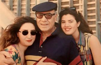 """رانيا فريد شوقي تنشر صورة نادرة مع والدها وتقول: """"ملك الترسو العظيم"""""""
