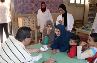 جامعة النهضة تنظم قافلة طبية بقرية كوم الصعايدة ببني سويف | صور