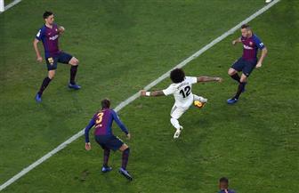 مارسيلو يقلص الفارق لريال مدريد أمام برشلونة بهدف في الدقيقة 50 فيديو