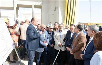 رئيس الوزراء يتفقد مستشفى ههيا المركزي وتوسعات صرف صحي الزقازيق بتكلفة 600 مليون جنيه | صور