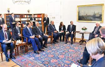 الرئيس السيسي: دشنا مشروعات ضخمة خلال ٥ سنوات بالبنية الأساسية والطاقة والكهرباء لتوفير مناخ استثمارى جيد