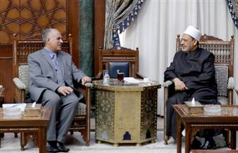 شيخ الأزهر خلال استقباله وزير الري: يجب استعادة الوعي لدى الجيل الحالي بأهمية النيل