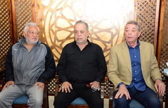 محمود حميدة وأشرف زكي في عزاء بدر تيسير | صور
