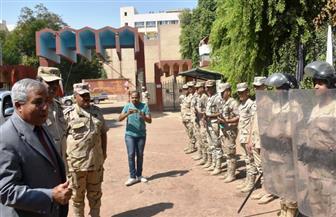 محافظ أسوان يهنئ رجال القوات المسلحة بذكرى انتصارات أكتوبر | صور