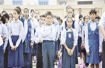 ضباط وأفراد بمديريات أمن يسددون المصروفات الدراسية لطلبة المدارس غير القادرين